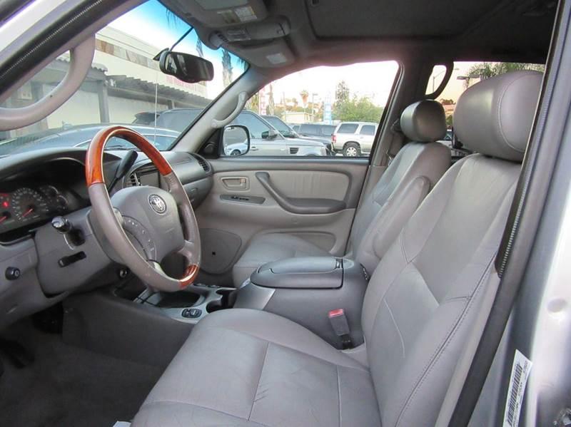 2003 Toyota Sequoia Limited 4dr SUV - La Mesa CA