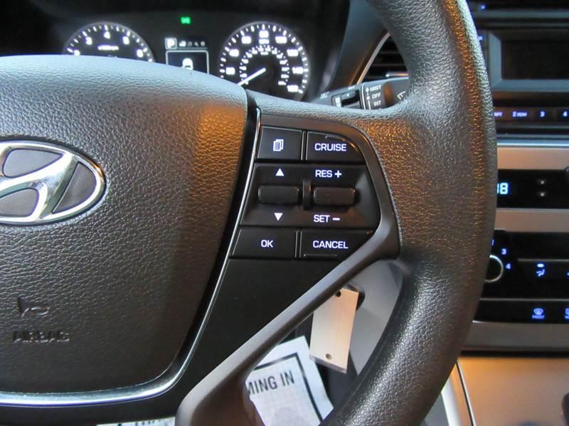 2015 Hyundai Sonata SE 4dr Sedan - La Mesa CA