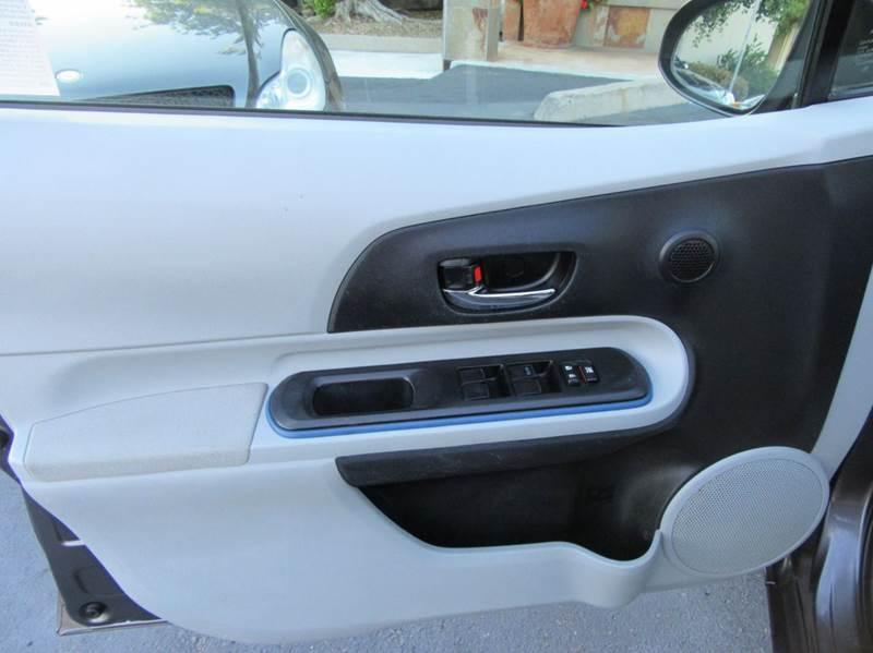 2013 Toyota Prius c Three 4dr Hatchback - La Mesa CA