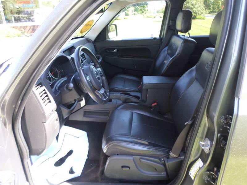 2012 Jeep Liberty 4x4 Latitude 4dr SUV - Monroe MI