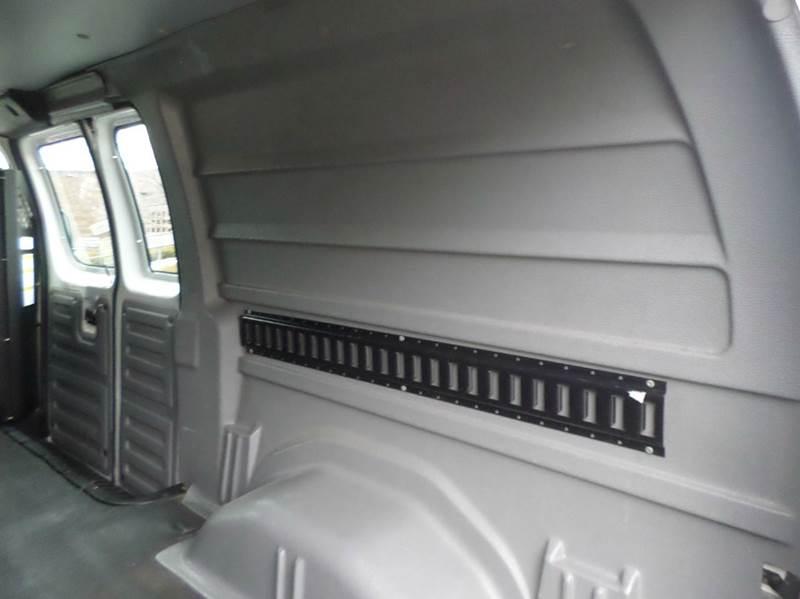 2008 Ford E-Series Cargo E-350 SD 3dr Cargo Van - Monroe MI