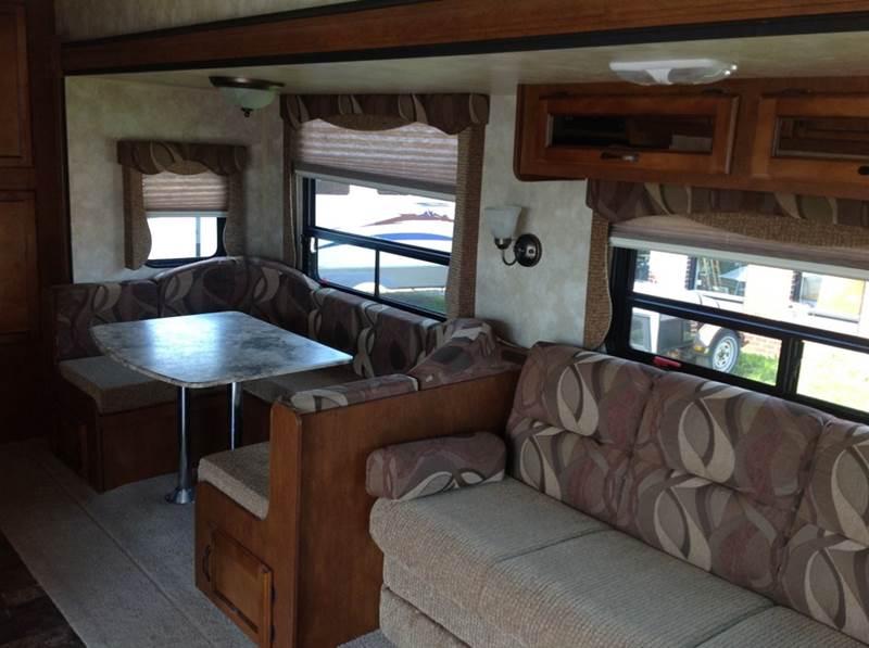 2014 Coachmen Catalina Deluxe Edition 38BH  - York PA