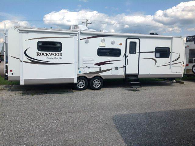 2011 Rockwood Signature Ultra Lite 8313SS
