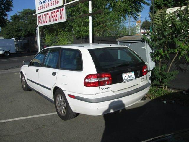 2001 Volvo V40 4dr Turbo Wagon - San Jose CA