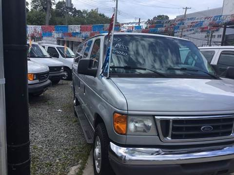 2007 Ford E-Series Wagon for sale in Staten Island, NY