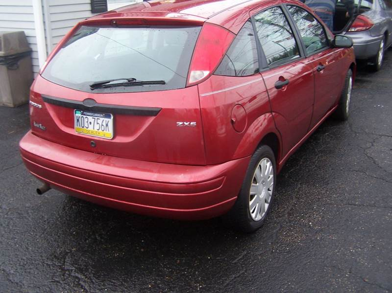 2005 ford focus zx5 in springdale pa all season auto sales. Black Bedroom Furniture Sets. Home Design Ideas
