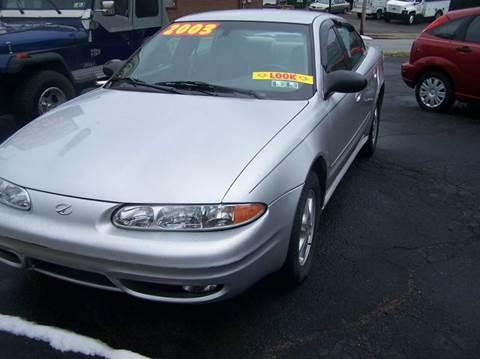 2003 Oldsmobile Alero for sale in Springdale, PA