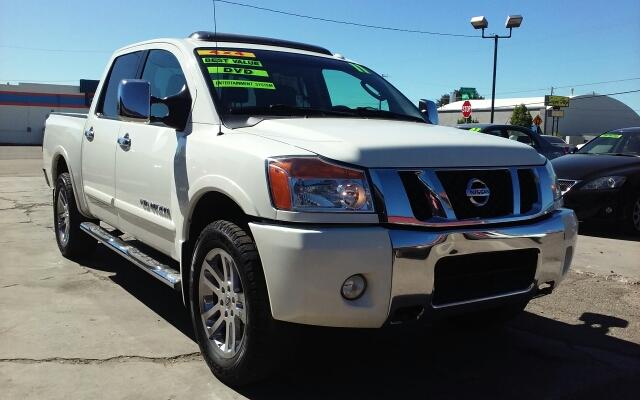 2011 Nissan Titan 4x4 SL 4dr Crew Cab SWB Pickup - Nampa ID