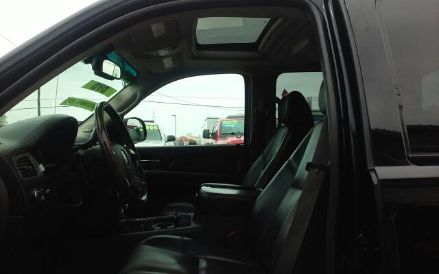 2009 GMC Sierra 1500 AWD Denali 4dr Crew Cab 5.8 ft. SB - Nampa ID