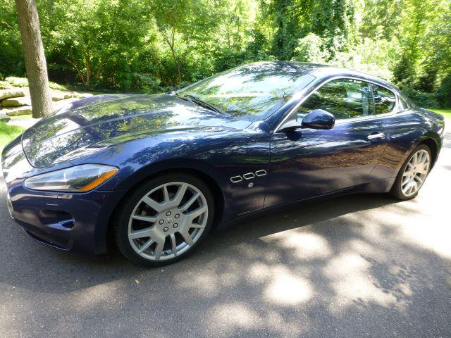 2009 Maserati GranTurismo Base - Hazel Park MI