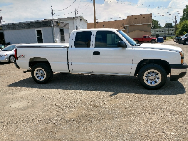 2007 Chevrolet Silverado 1500 Classic Work Truck 4dr Extended Cab 4WD 6.5 ft. SB - Lancaster OH