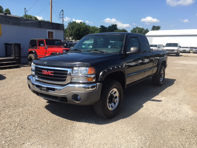 2007 gmc sierra 1500 classic sle1 4dr extended cab 4wd 6 5 ft sb in lancaster oh r r wholesale. Black Bedroom Furniture Sets. Home Design Ideas