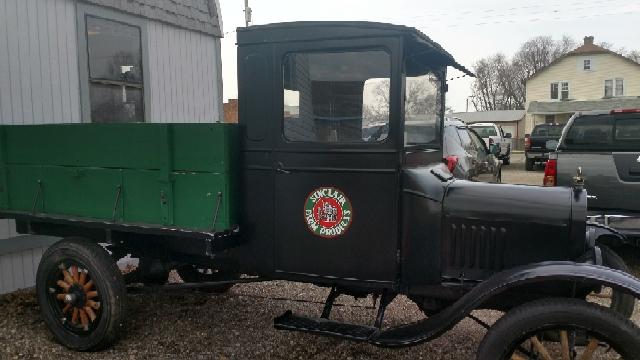 1925 Ford Model T  - Lancaster OH