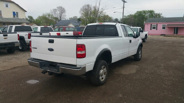 2004 ford f 150 4dr supercab xl 4wd styleside 8 ft lb in lancaster oh r r wholesale. Black Bedroom Furniture Sets. Home Design Ideas