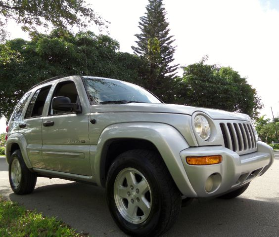 2003 JEEP LIBERTY LIMITED 2WD silver call 1-877-775-0217 for sales this 2003 jeep liberty li