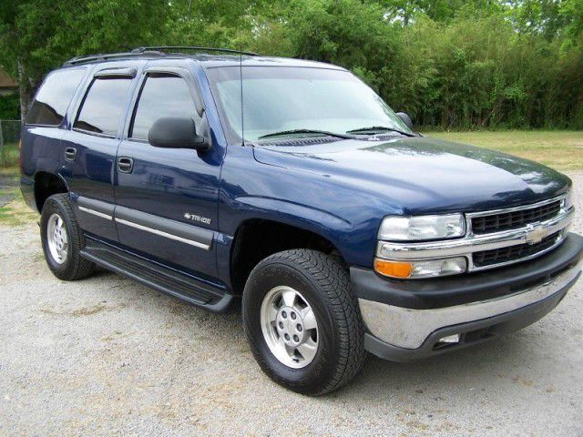 2002 CHEVROLET TAHOE LT blue call 1-877-775-0217 for sales this 2002 chevy tahoe  runs great