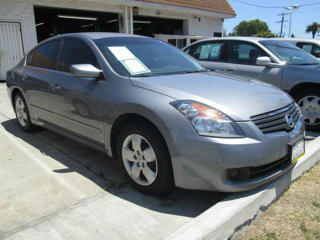 2008 NISSAN ALTIMA 25 S gray this 2008 nissan altima runs great and has been thoroughly inspected