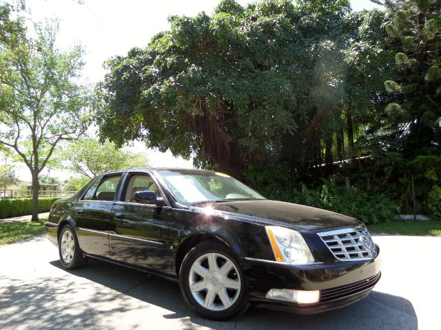 2006 CADILLAC DTS SEDAN black call 1-877-775-0217 for sales this beautiful 2006 cadillac dts