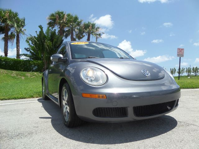 2006 VOLKSWAGEN BEETLE 25 2DR HATCHBACK L I5 5M gray call 1-877-775-0217 for sales this 2