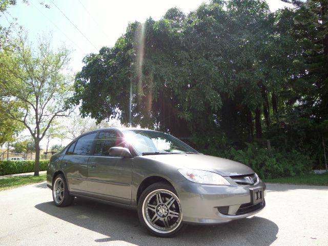 2005 HONDA CIVIC LX SEDAN AT silver call 1-877-775-0217 for sales this 2005 honda civic lx r