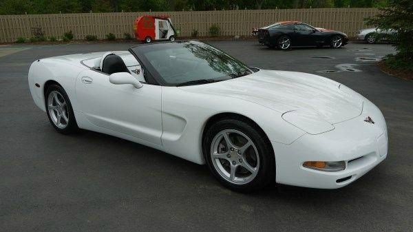 1998 CHEVROLET CORVETTE CONVERTIBLE white call 1-877-775-0217 for sales this beautiful 1998