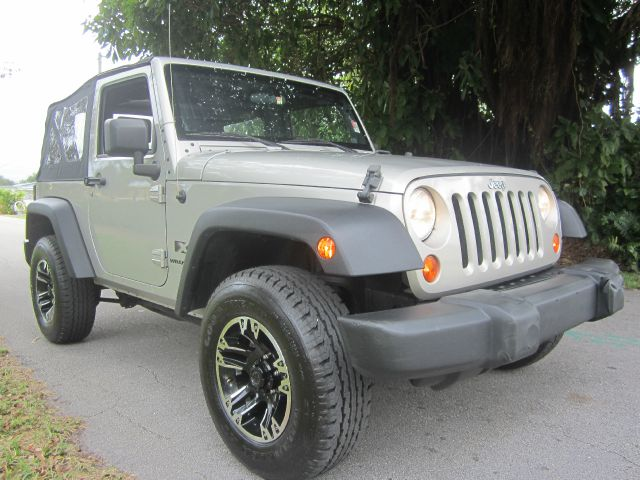 2007 JEEP WRANGLER X silver call 1-877-775-0217 for sales this beautiful 2007 jeep wrangler