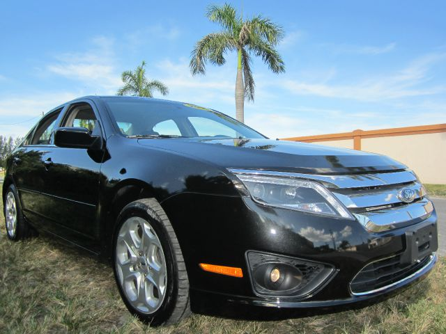 2010 FORD FUSION SE black call 1-877-775-0217 for sales this beautiful 2010 ford fusion se w