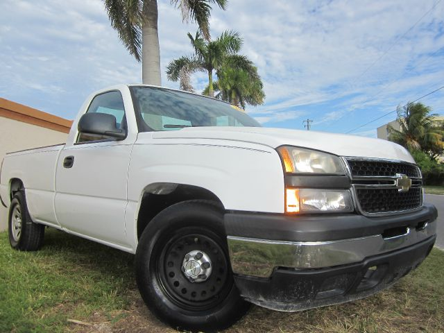 2006 CHEVROLET SILVERADO 1500 LS LONG BED 2WD white this 2006 chevrolet silverado runs very well a