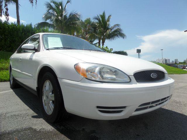 2006 FORD TAURUS SEL 4DR SEDAN white call 1-877-775-0217 for sales this 2006 ford taurus se