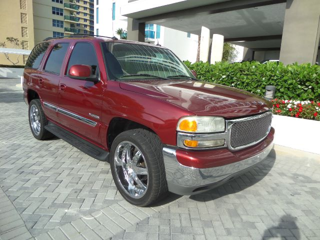 2003 GMC YUKON 2WD red wine call 1-877-775-0217 for sales trades welcome this 2008 nissan a