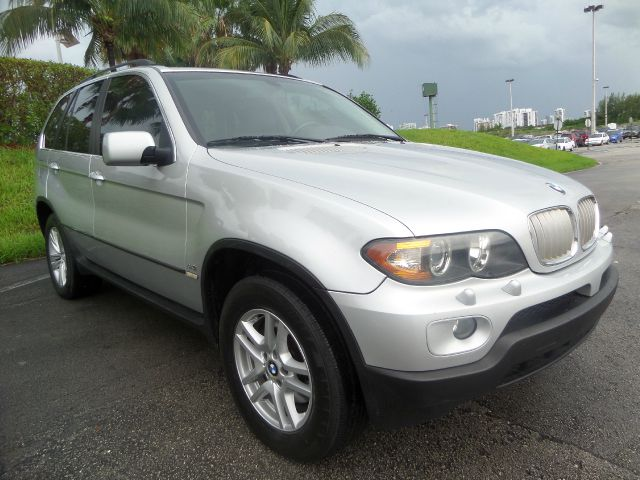 2004 BMW X5 44I AWD 4DR SUV silver call 1-877-775-0217 for sales this 2004 bmw x5 awd 4dr s