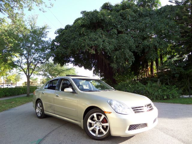 2005 INFINITI G35 SEDAN gold call 1-877-775-0217 for sales this 2005 infinity g35 is on sale