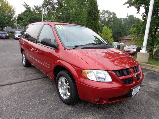 2001 DODGE GRAND CARAVAN SPORT red this 2001 dodge grand caravan runs very well and has been thoro