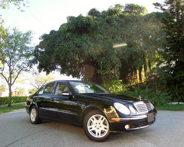2006 MERCEDES-BENZ E-CLASS E350 black call 1-877-775-0217 for sales this 2006 mercedes benz