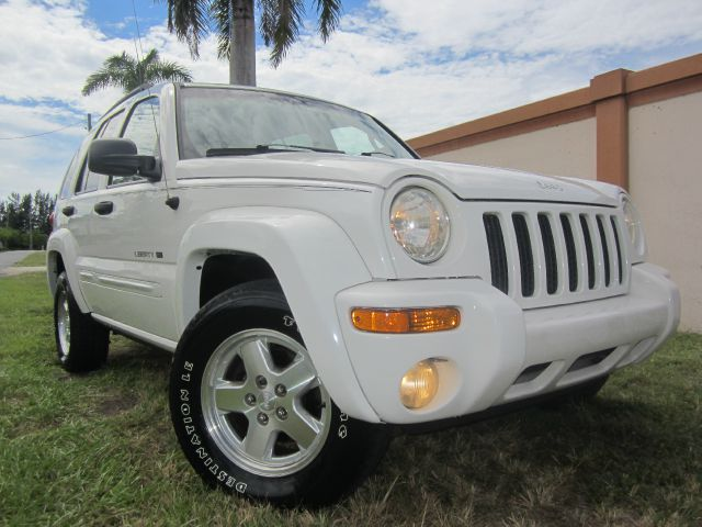 2002 JEEP LIBERTY LIMITED 2WD white this 2002 jeep liberty runs great and has been thoroughly insp