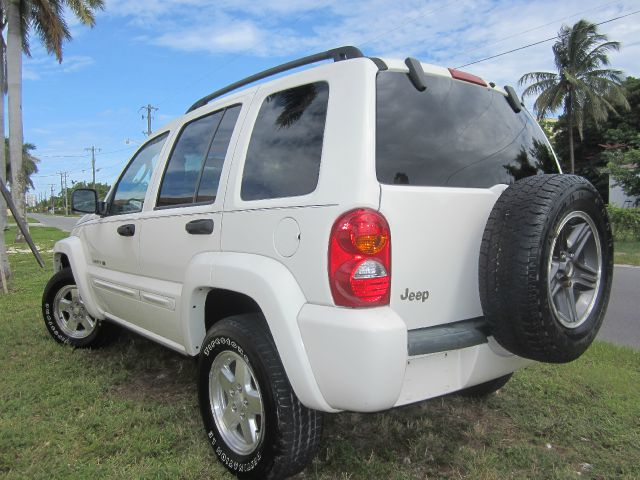 2002 JEEP LIBERTY LIMITED 2WD white call 1-877-775-0217 for sales this beautiful 2002 jeep l