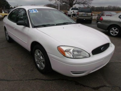 2004 FORD TAURUS SE white call 1-877-775-0217 for sales this 2004 ford taurus is on sale and