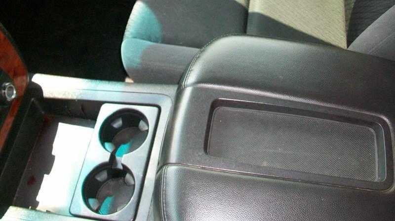 2009 Chevrolet Tahoe LT 4x4 4dr SUV w/1LT - Fredericksburg VA
