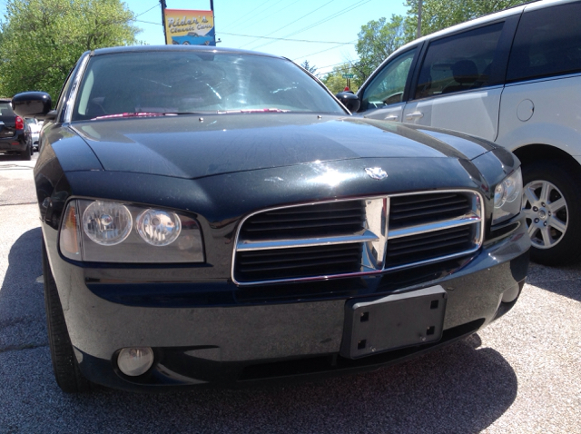 2006 Dodge Charger RT 4dr Sedan - Millbury OH