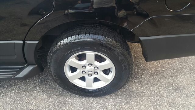 2007 Ford Expedition 4x2 XLT 4dr SUV - Decatur GA