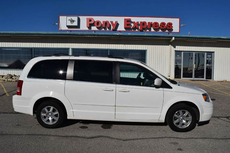 2008 Chrysler Town and Country Touring 4dr Mini-Van - Marysville KS