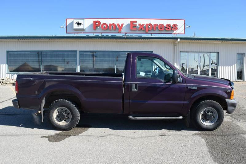 1999 Ford F-250 Super Duty 2dr XL Standard Cab LB - Marysville KS