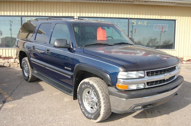 2000 Chevrolet Suburban 4dr 2500 LT 4WD SUV - Marysville KS