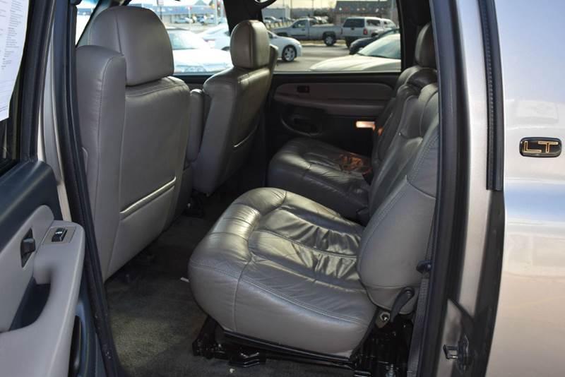 2002 Chevrolet Suburban 1500 LT 4WD 4dr SUV - Marysville KS