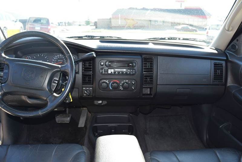 2002 Dodge Dakota 4dr Quad Cab SLT 4WD SB - Marysville KS