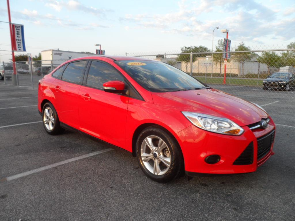 2012 ford focus sel 4dr sedan in la porte tx la porte mitsubishi. Black Bedroom Furniture Sets. Home Design Ideas