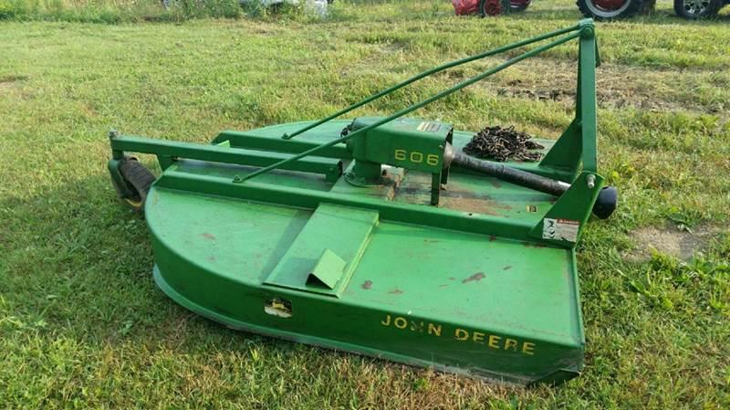 2000 John Deere 606 brush hog