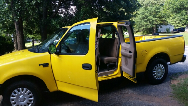 1999 Ford F-150 4dr Work Extended Cab SB - Greenville SC