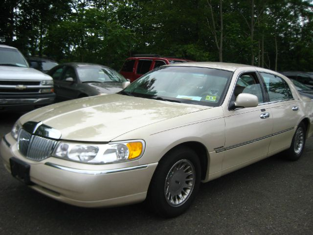 1999 lincoln town car cartier used cars for sale. Black Bedroom Furniture Sets. Home Design Ideas