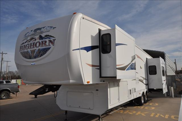 2008 Heartland Big Horn 3370RL